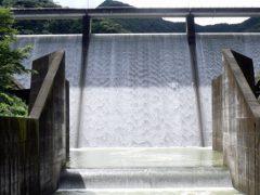 島ノ瀬ダムの全景